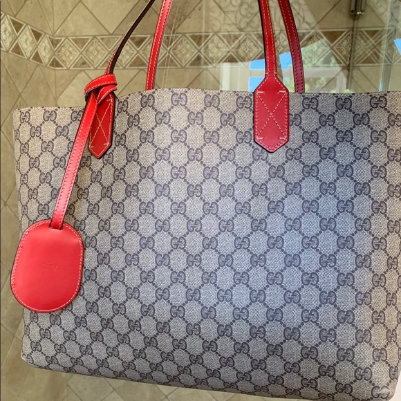 0126d1c8d5b2 Gucci Bags | Reversible Tote Gg Print Leather Medium | Poshmark